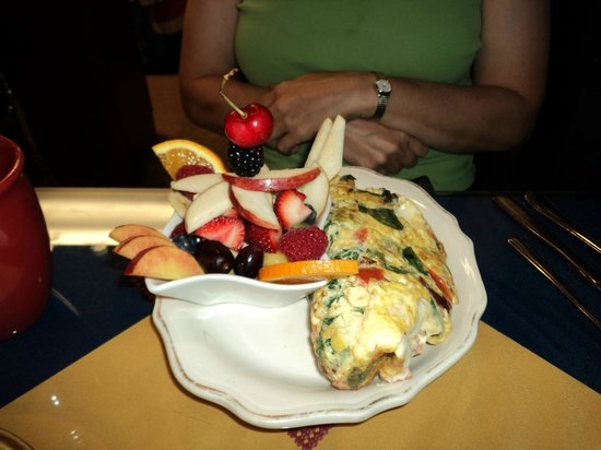 Cafe Reva: A little flair to the fruit salad