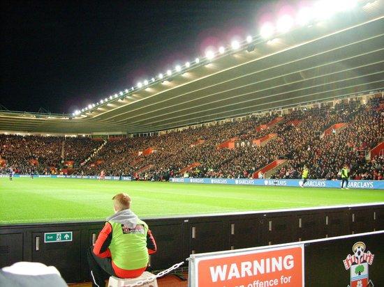St Mary's Stadium: southampton vs. arsenal