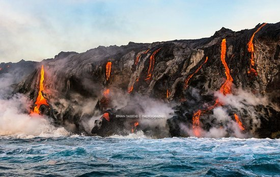 Lava Ocean Tours Inc: 7AM after the sun is up.