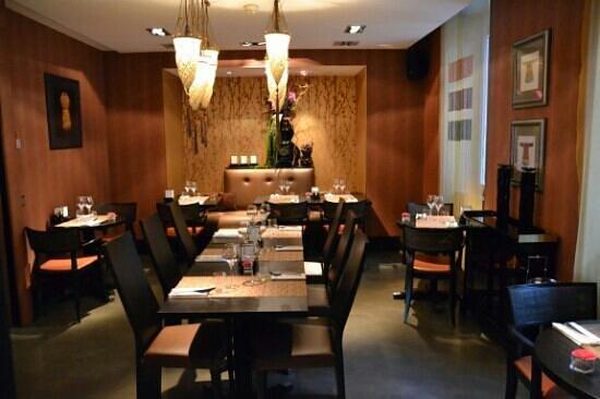 Eastwest Hotel: ristorante