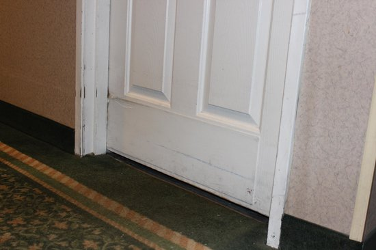 La Quinta Inn Moline Airport: guest room door