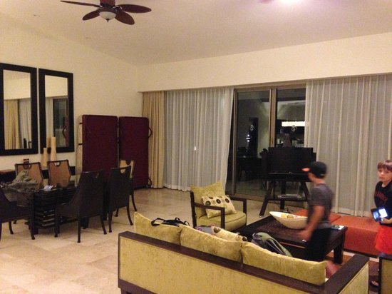 Casa Dorada Los Cabos Resort & Spa: Living area of 1 br PH