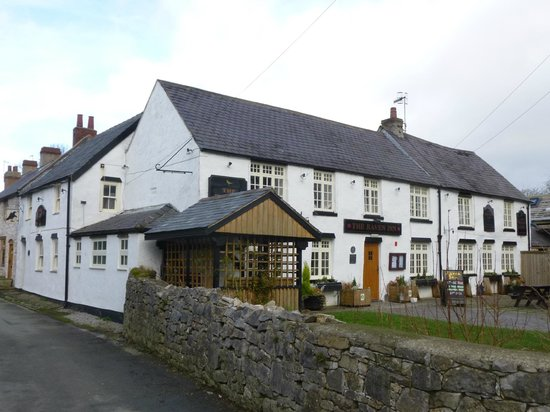 The Raven Inn : Frontage