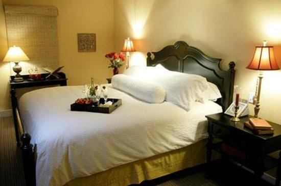 Su Nido Inn - Your Nest In Ojai: Raven Bedroom