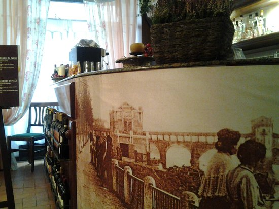 Photo of Italian Restaurant Osteria della Madonna at Via Dei Liguri 28, Pavia 27100, Italy