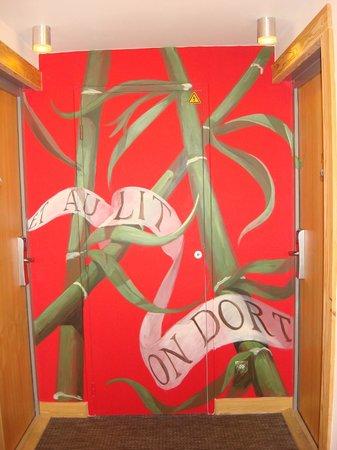 Anova Hotel & Spa : Particolare corridoio camera