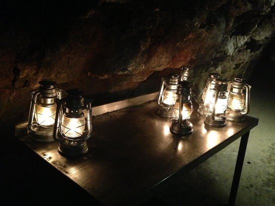 Chislehurst Caves: Paraffin lamps used throughout the tour!