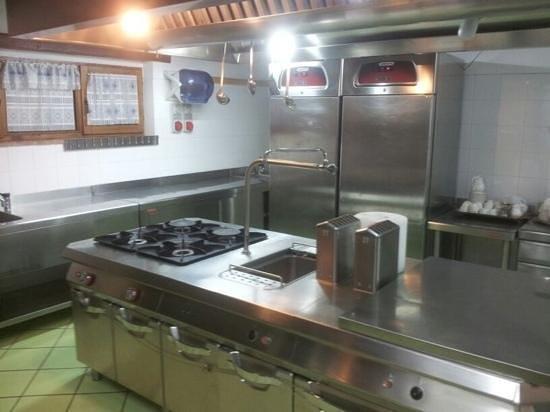 Casale Belforte: cucina disumana
