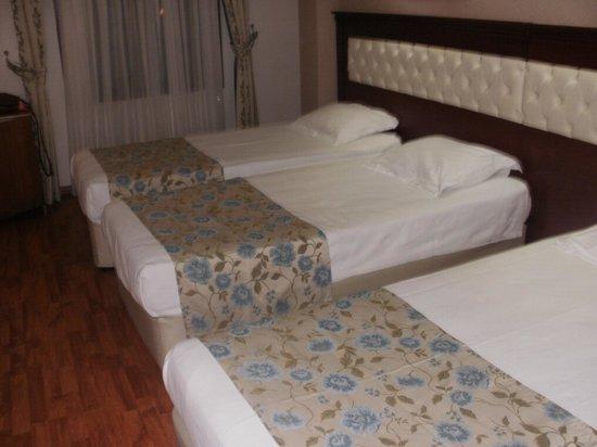 أسور هوتل - بوتيك كلاس: Comfy Beds! :) 