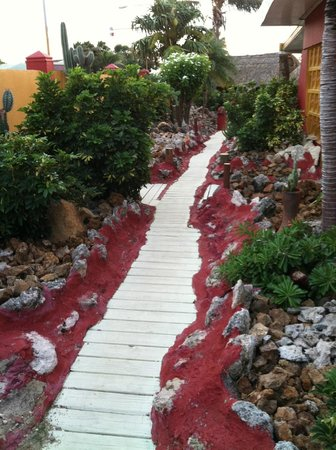 Seabreeze Apartments: Pathway to Room #9