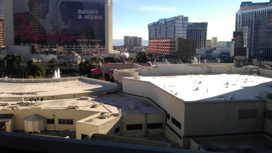 Caesars Palace: Strip view?