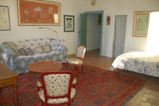 Les Asphodèles : One of the bedrooms