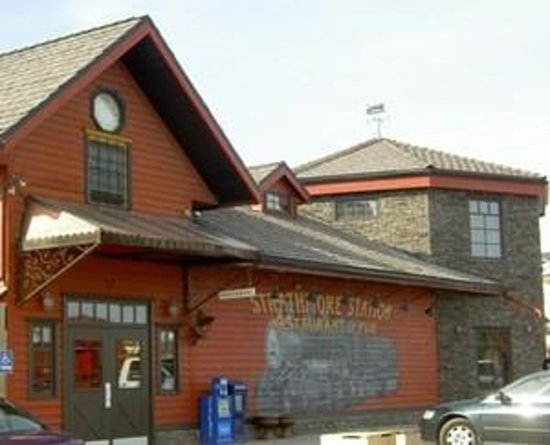 Strathmore Station Restaurant And Pub Photo