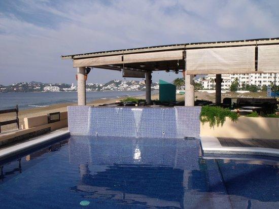 Hotel Marbella: Second, smaller pool
