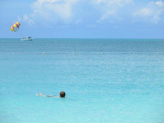 Seven Stars Resort & Spa: Frolicking in the ocean