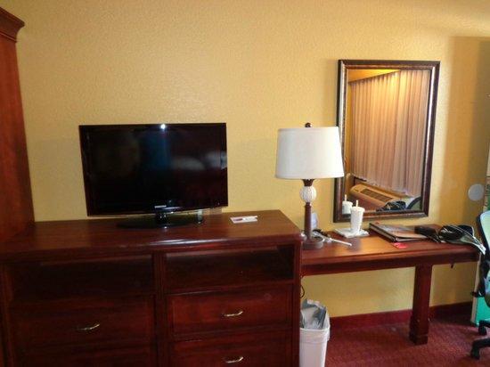 Clarion Inn Lake Buena Vista: Habitacion