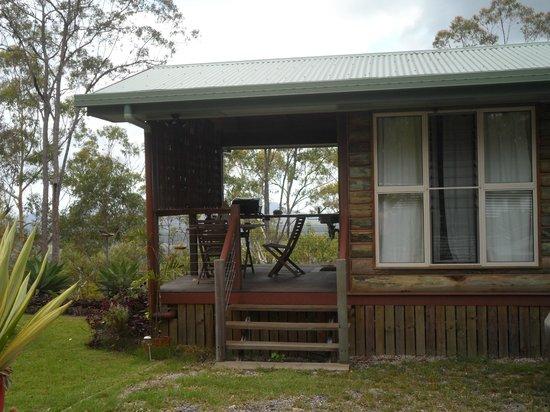 Uluramaya Retreat Cabins: cabin with surround