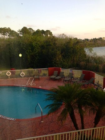 Holiday Inn Express Port Charlotte: Lovely view from Room 203