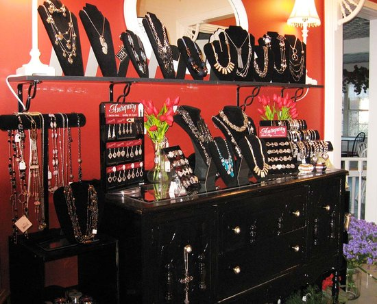 Cafe Batar: Shop Batar has a large selection of jewelry that's very affordably priced.