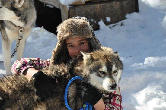 Aventure du Husky: Mélodie et son chien