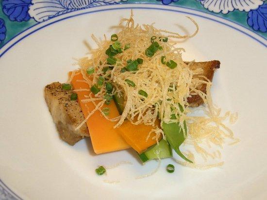 Shosenkaku Kagetsu: 越後もち豚塩胡椒焼き