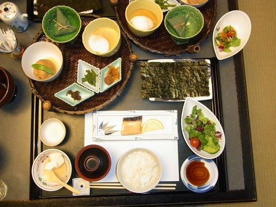 Shosenkaku Kagetsu: 朝食(和食)