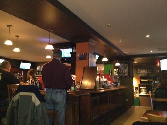 Don Cherry's Sports Grill : Bar shot