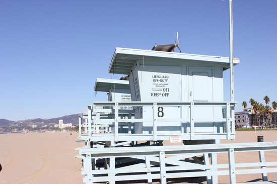 VIP Tours of California: Lifesaving boxes on Venice Beach.