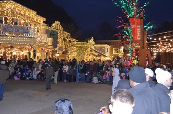 Stone Mountain Christmas.Christmas Parade Picture Of Stone Mountain Carving