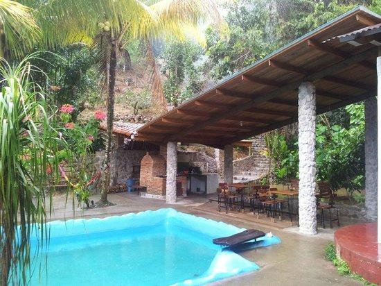 Omega Tours Eco Jungle Lodge: Dining area