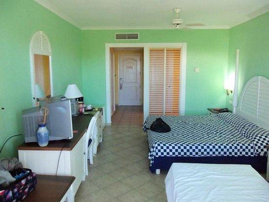 Blau Marina Varadero Resort: Our Room
