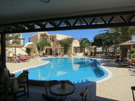 Smaragdi Hotel: hotel pool