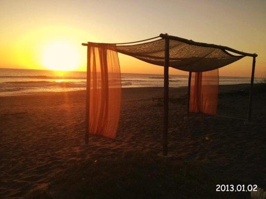 Somar Surf Camp & Lodge: Modo off