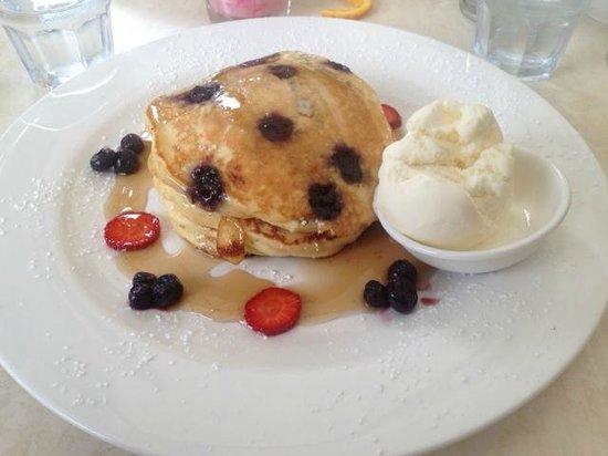 Domanis: Blueberry Pancakes