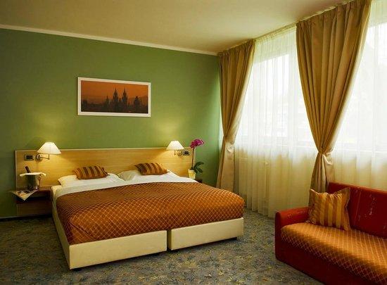 Michael Hotel: Interior