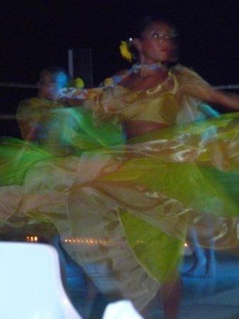 Friendly Vallarta All Inclusive Family Resort: dancer at the fiesta