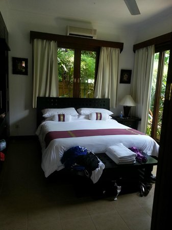 The Zen Villas : Bedroom