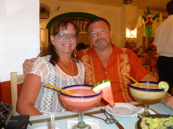 Friendly Vallarta All Inclusive Family Resort: out for dinner