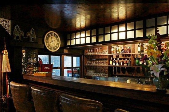 Thannatee Boutique hotel: Ton nam bar