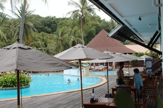 Cape Panwa Hotel: We loved the pool!