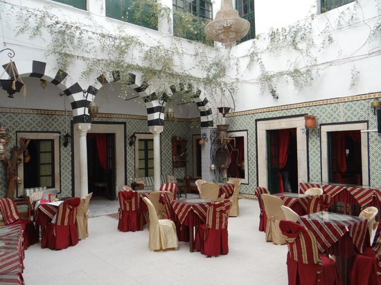 Tunis Youth Hostel : The Main Hall (Private Rooms on this floor. Shared rooms upstairs)