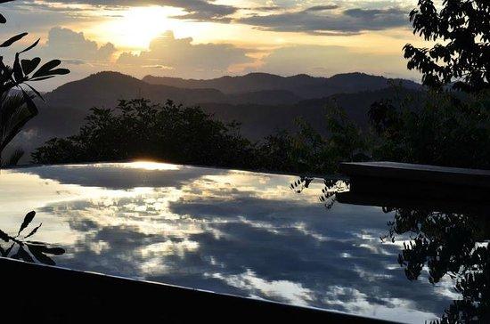 Awanmulan: Our Sky Pool facing west