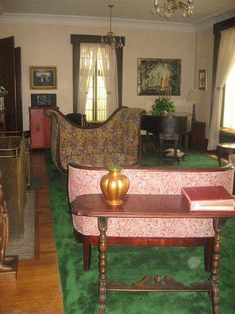 The Holley Rankine House: elegant living room