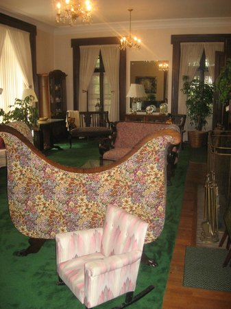 The Holley Rankine House: living room