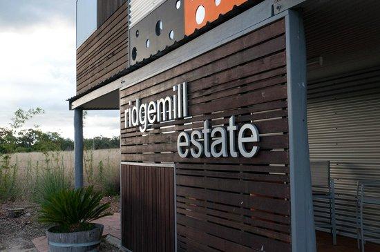 Ridgemill Estate: Cabins in the Vineyard