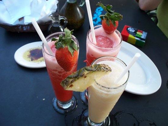 Italiannis: strawberry daiquiris and a piña colada