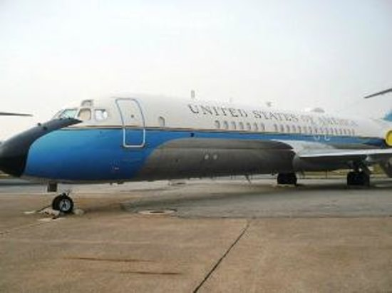 Air Mobility Command Museum: AF One