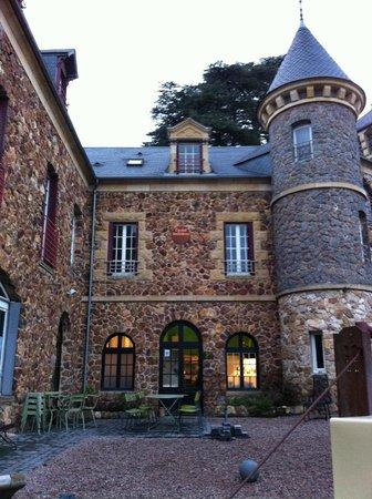 Castel des Cèdres : le castel
