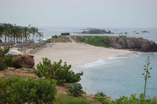 Four Seasons Resort Punta Mita: Looking towards the beach