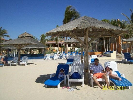 Posada Real Los Cabos: vista de la playa hacia el hotel